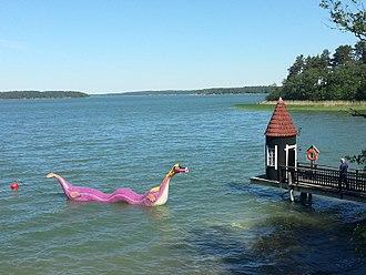 Moomins - Edward the Booble and the bathing hut, at Moominworld