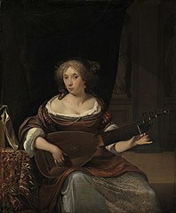 Woman tuning her lute