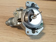 220px-Einzelteile_Tachometer_VW_K%C3%A4fer.jpg