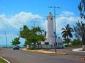 El faro de Chetumal, Boulevard Bahía. - panoramio.jpg