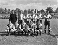 Elftal Feyenoord, staand Pieters Graafland, Kraay, Fransen, Romeijn, Israel, Vel, Bestanddeelnr 919-4470.jpg