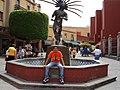 En la Fuente del Danzante Conchero Chichimeca - panoramio.jpg