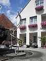 Erligheim-rathausbrunnen.jpg
