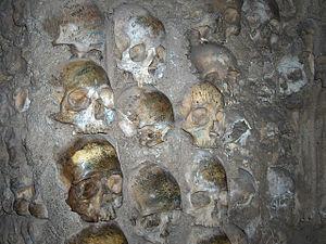 Capela dos Ossos - Close-up with skulls