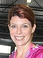 Evy Gruyaert Vlaamse tv ster lachend tijdens Ladiesrun 2015.jpg