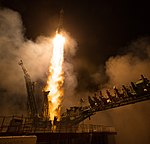 Expedition 55 Launch (NHQ201803210009).jpg