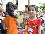 Eye screening for kindergarten children in Quoc Oai district of Hanoi (14124307910).jpg