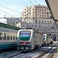 FS Class E402-122 at Genova Piazza Principe, 2009.JPG
