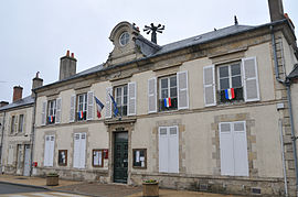 The town hall in Fay-aux-Loges