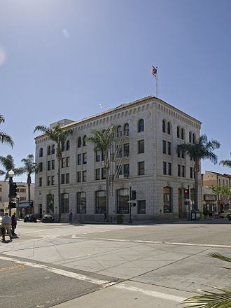 Erle Stanley Gardner - The First National Bank Building in Ventura, where Gardner wrote drafts for first Perry Mason novels