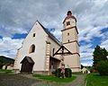 Fladnitz - Pfarrkirche hl. Nikolaus & crucifixion group.jpg