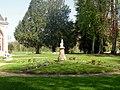 Fontaine-Chaalis (60), abbaye de Chaalis, orangerie, jardin.jpg