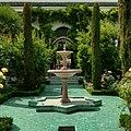 Fontaine au socle d'étoile à la Mosquée de Paris.jpg