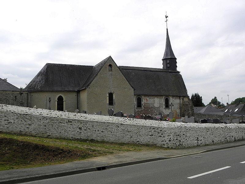 Église Sainte-Marie-Madeleine de Forcé (53). Vue septentrionale.