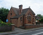 File:Former Methodist Chapel, London Road, Burpham (May 2014) (4).JPG