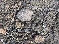 Fragmento de roca volcánica y cenizas Volcán Nevado del Ruiz.jpg