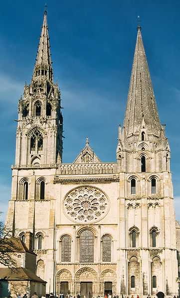 Ficheiro:France Eure-et-Loir Chartres Cathedrale 01.jpg