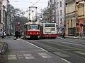 Francouzská, Jana Masaryka, tramvaj a autobus.jpg