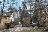 Frauenstein Schloss Wasserablaufschleusenturm und Zinnen-Tor 14122016 5667.jpg