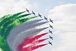 Frecce Tricolori 07 (43508758072).jpg
