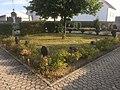 Friedhof Ochtendung, Wegkreuze.jpg