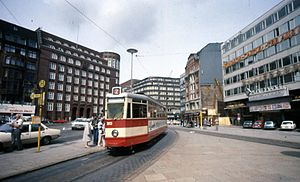 Gänsemarkt - A Hamburg tram on Gänsemarkt in the 1970s, the Ufa-Palast cinema to the right