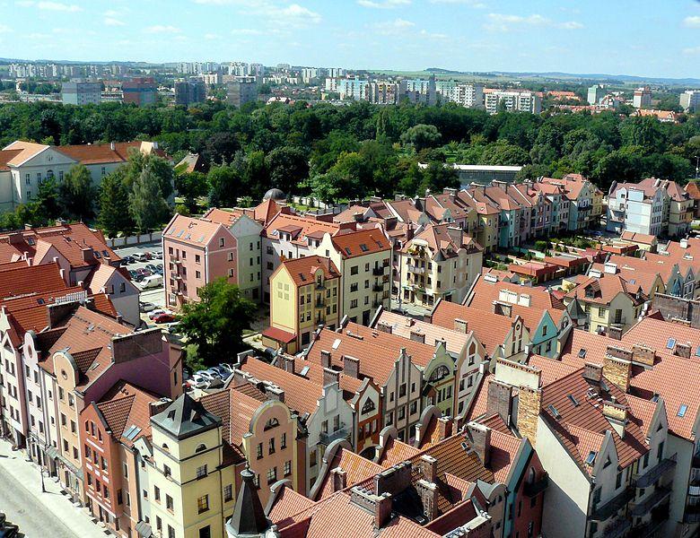 File:Głogów-widok z wieży ratuszowej.JPG