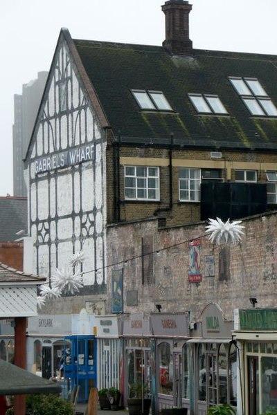 File:Gabriel's Wharf - geograph.org.uk - 1085732.jpg