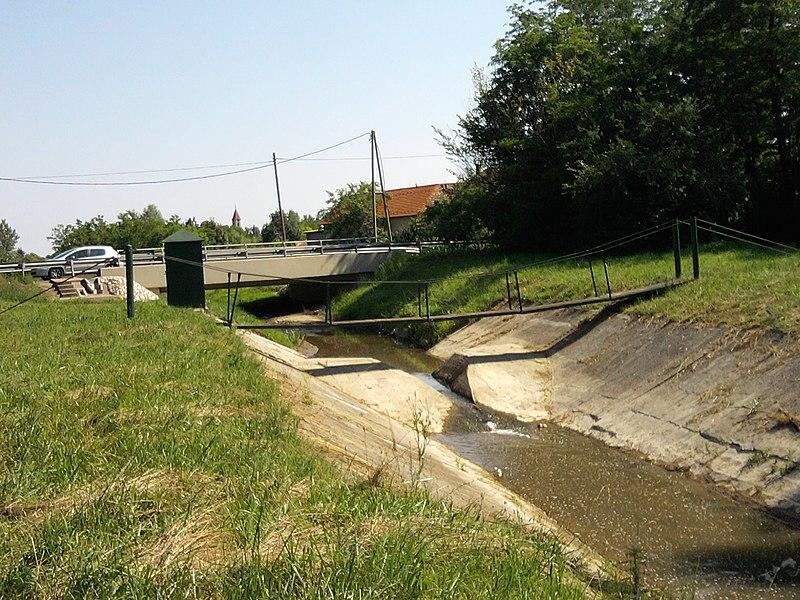 File:Gerence híd - panoramio (3).jpg