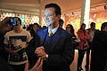 Gilberto Kassab em visita à Bienal @ São Paulo Fashion Week em Junho de 2011.jpg