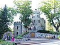 Glehn's Castle in July 2017 9.jpg