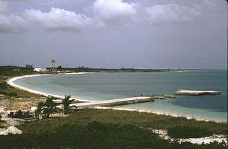 San Salvador Island - Image: Grahams Harbour 1