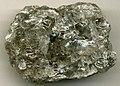 Gray rock salt (halitite).jpg