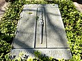 HAL-Gertraudenfriedhof SozOpfer-Horn.JPG