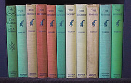 A line-up of the American second edition printings of The Hobbit.