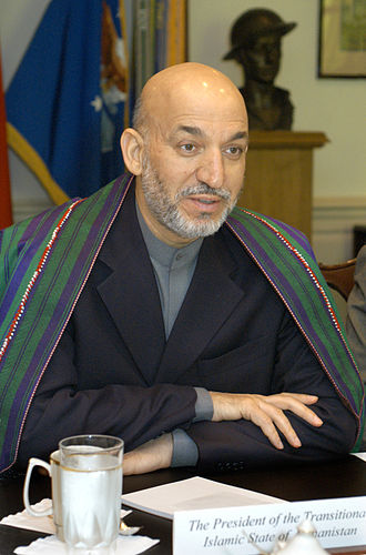 2004 Afghan presidential election - Image: Hamid Karzai 2004 06 14