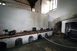 Hampton Court Palace - Henry VIII's first building project at Hampton Court created vast kitchens capable of feeding his court of 1,000 people.