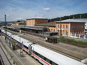 Passau Hauptbahnhof - Platforms and the south side of the main building