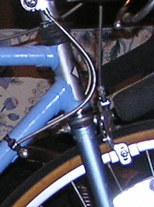 Lugged steel frame construction - Simple, pointed head lugs on this bike boom road bicycle