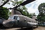 Helicóptero CH-47 Chinook, Museo de los Vestigios de la Guerra de Vietnam, Ciudad Ho Chi Minh, Vietnam, 2013-08-14, DD 01.JPG