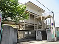 Higashiosaka City Hanazono elementary school.jpg