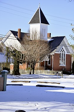 Hillsboro united methodist church leipers fork tennessee 2010.jpg