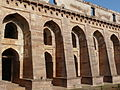 Hindola Mahal buttressed walls (3925007215).jpg