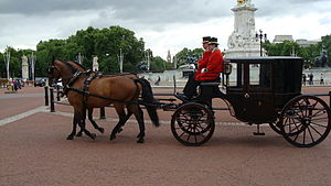 Clarence (carriage) - A Clarence from the Royal Mews in London on the daily messenger run between Buckingham and St James's Palaces.