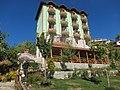 Hotel Варненци (Varnentsi) - panoramio.jpg