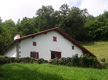 Ibarre - Casa natale di Michele Garicoits.jpg