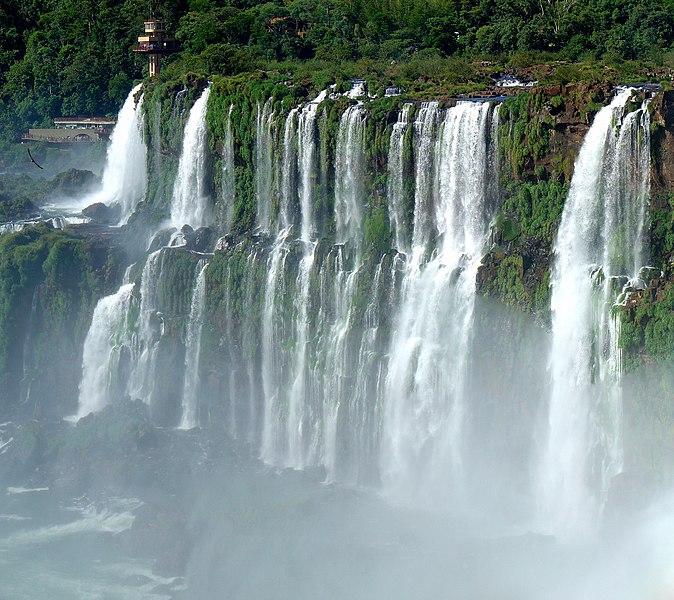 File:Iguazu Décembre 2007 - Panorama 8.jpg
