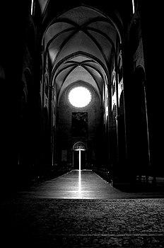 Interno della cattedrale.jpg