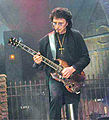 Iommi at the Forum a.jpg