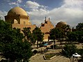 Iran Yazd Fahadan Great Hotel Vue Prison Alexandre Mausolee Douze Imams - panoramio.jpg